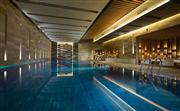 室内泳池 - 25米长的室内恒温泳池
