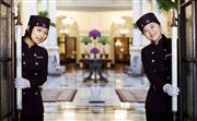 宾客服务 - 从管家到门房,我们提供广泛的宾客服务,确保您有一个难忘的华尔道夫之旅。