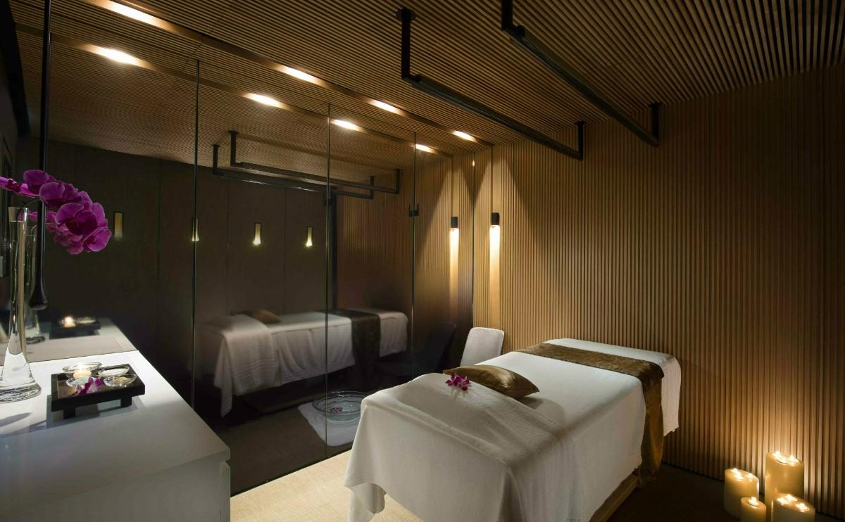 按摩室 - 在香氛迷人的按摩室中享受全天然有機的按摩護理療程,讓閒情隨心所欲。