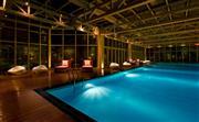 游泳池,于酒店三层的健身房内,恒温泳池,舒适感受。入睡前的有氧运动,享受夜晚不一样的宁静和放松。