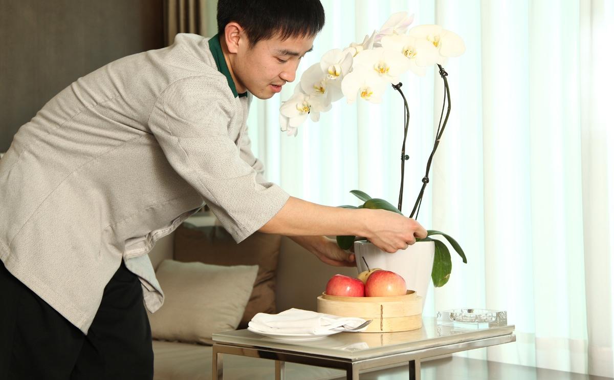 客房服务,细致入微、体贴入心,为您提供愉悦的入住体验。