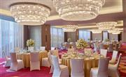 配备璀璨夺目水晶灯的海汇多功能厅,可举办最多容纳150人的小型宴会