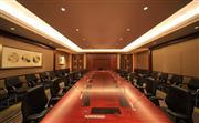 酒店还拥有7个大小不同的多功能厅和一间董事会会议室,可以随意组合,适合各类中小型的学术、公司高层会议