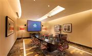 名仕六轩,拥有先进的会议设施,现代化的试听设备和专业顾问,满足各种会议和活动需求