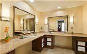 套房浴室梳妆台