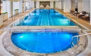 健身中心 - 位于华尔道夫酒店三楼,配有先进的心血管仪器和健身器材。