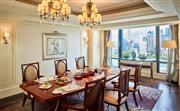 总统套房 - 260平米空间的总统套房是奢华与优雅的象征。