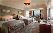 豪雅临江客房- 拥有50平方米空间的豪雅临江客房,配有全套豪华设施。