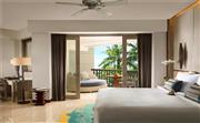 特级豪华度假村房(特大床) 特大床卧室