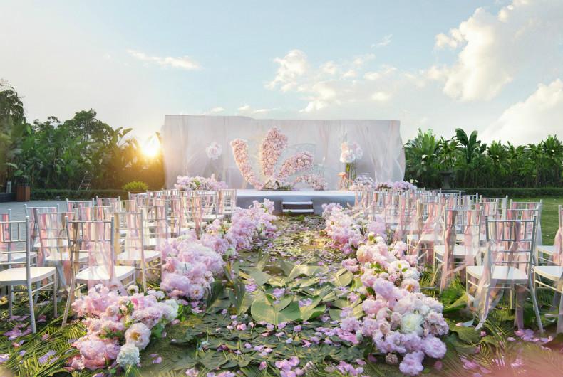 三楼户外花园,可举办婚礼仪式,西式宴席